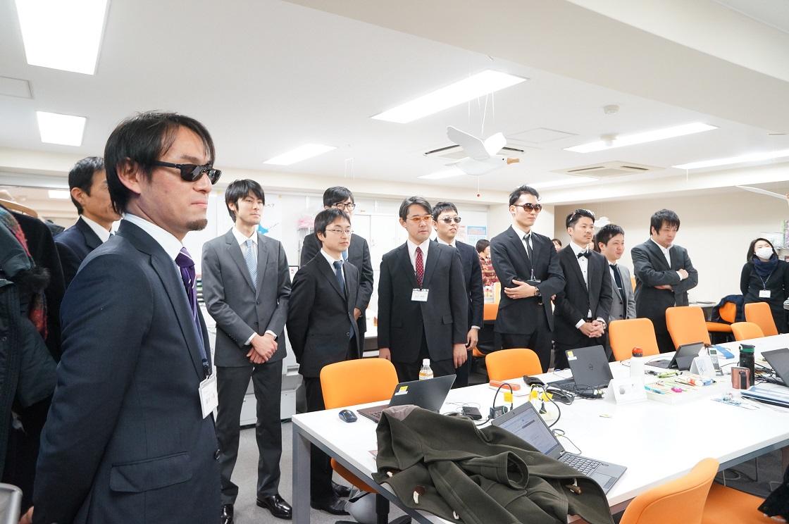 スーツの男性陣