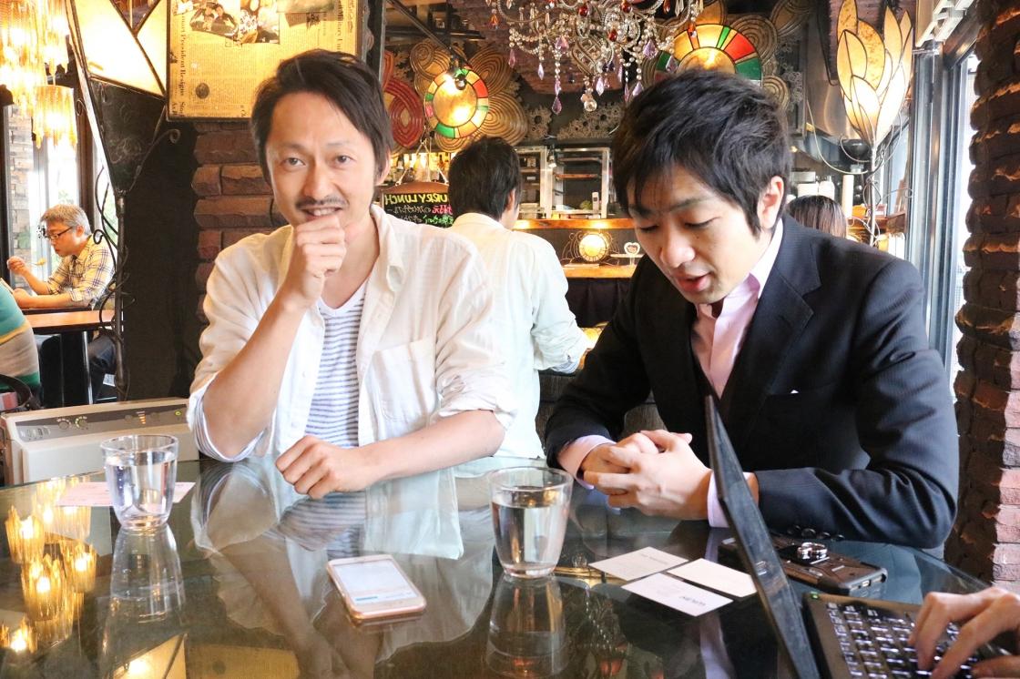 社名の由来を語る千田さんの写真
