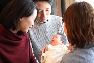 【事務局】赤ちゃん縁組:育ての親支援担当(特別養子縁組相談員)