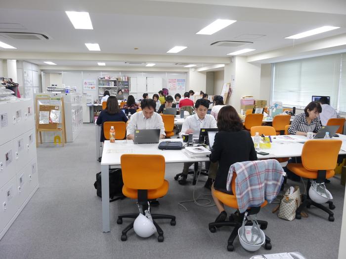 【活動報告】オフィス移転&増床で、フリーアドレスと完全無線LAN化を実現!