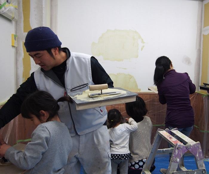 【イベント報告】新園の「おうち保育園なかの新橋」で親子、スタッフそろって園作り!