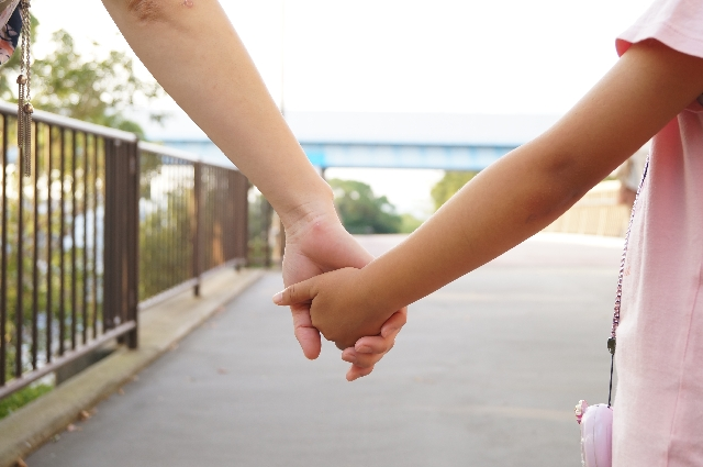 ひとり親家庭を支える寄付会員さまからのメッセージをご紹介します!